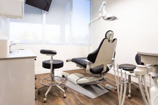 Dentistry_in_NewMarket_Clinic